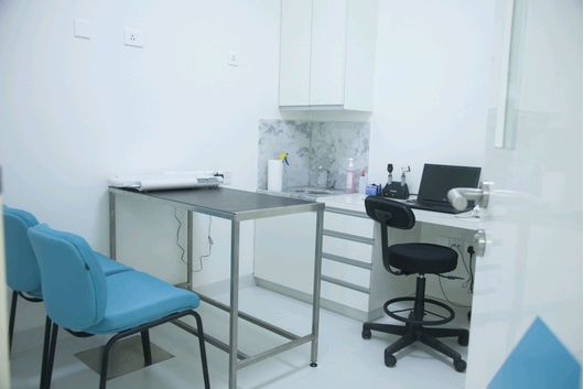 CV Consulting Room